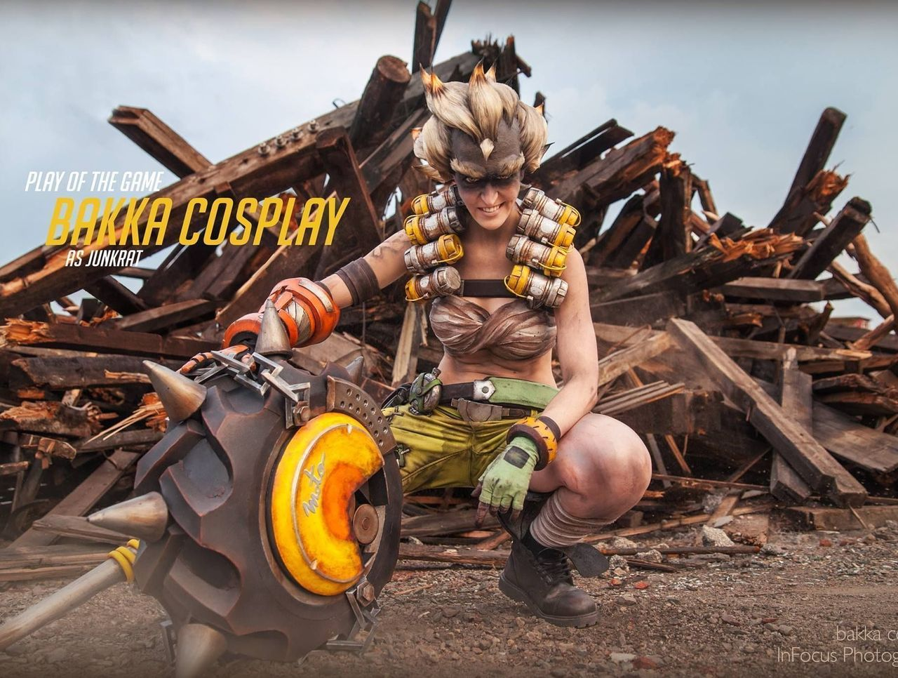 Cropped bakka cosplay banner
